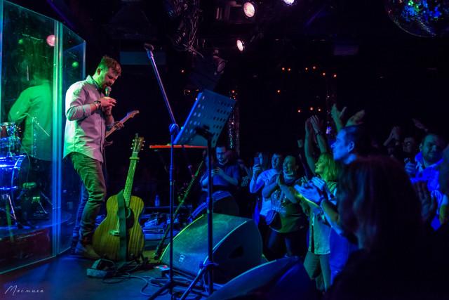 """Весенний концерт Васи Обломова состоялся 10 апреля в московском клубе """"16 тонн"""""""