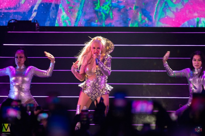 No matter what they say: Christina Aguilera has finally arrived in Moscow with a concert