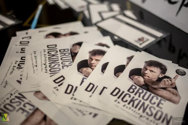Карточки для вопросов Брюсу Дикинсону