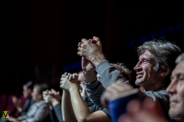 Зрители на концерте группы Nazareth в Москве