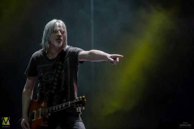 Джимми Мюрисон гитарист группы Nazareth