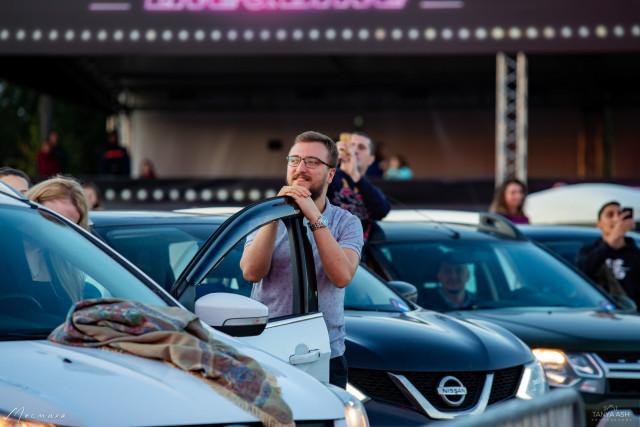 Зрители на фестивале Live&Drive