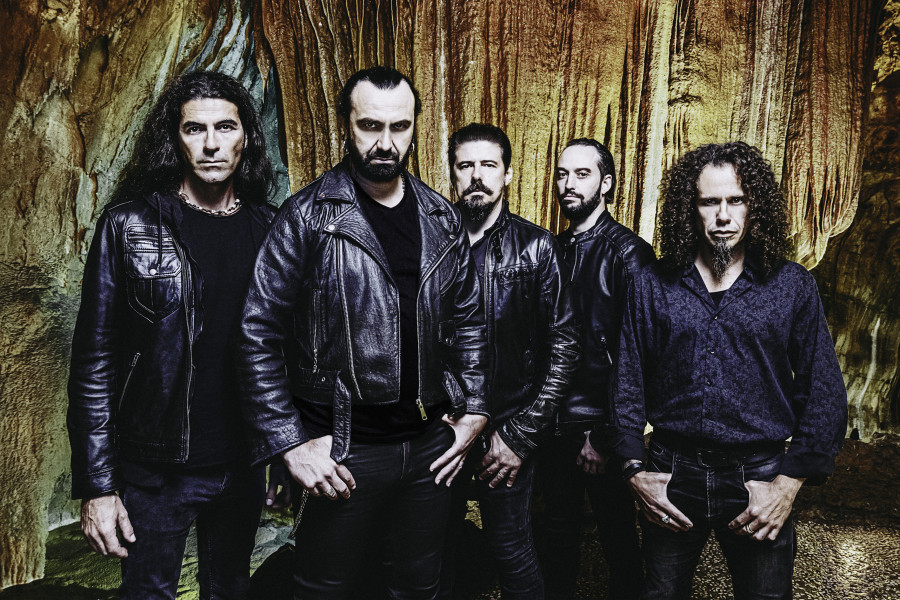 """Getting slapped with quite a dose of cold naked truth can be really hurtful"": Interview with Ricardo Amorim (Moonspell)"