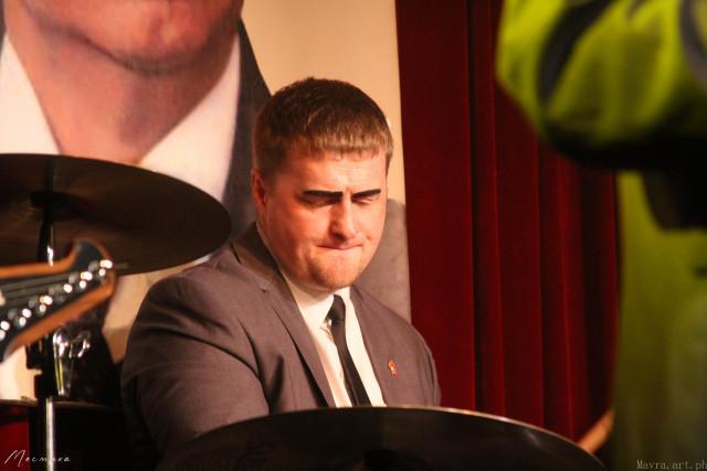 Пётр Николаевич Васьковский (барабаны)